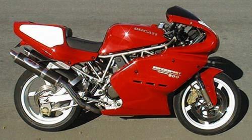Aggro Ducati 900SS